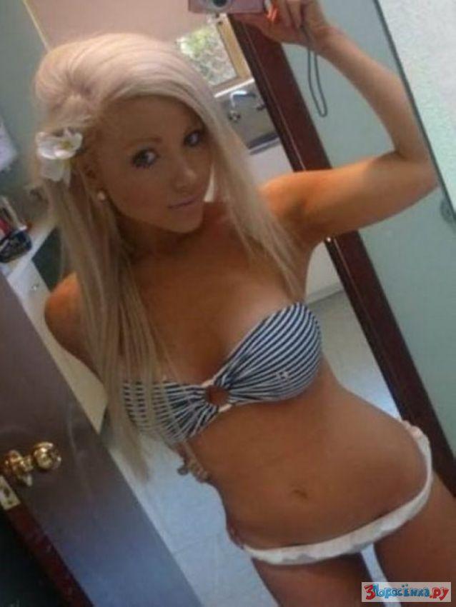 Blonde teen Lexi Swallow taking naked self shots in mirror № 904145 без смс