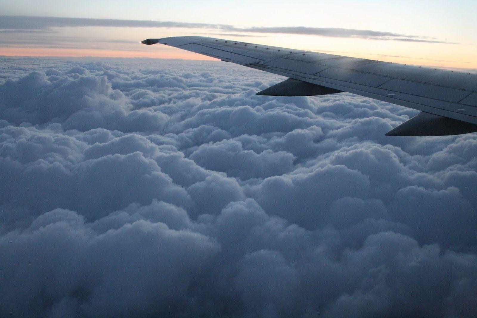 уже картинки самолет в небе зимой здоровья