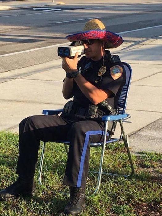 Полицейский картинки смешные