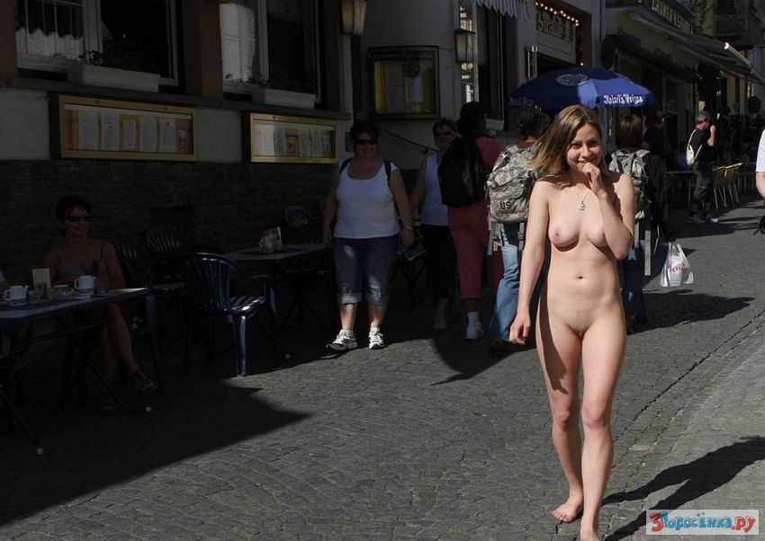 Chubby amateur babes public exhibitionism and busty flashers outdoor exposure