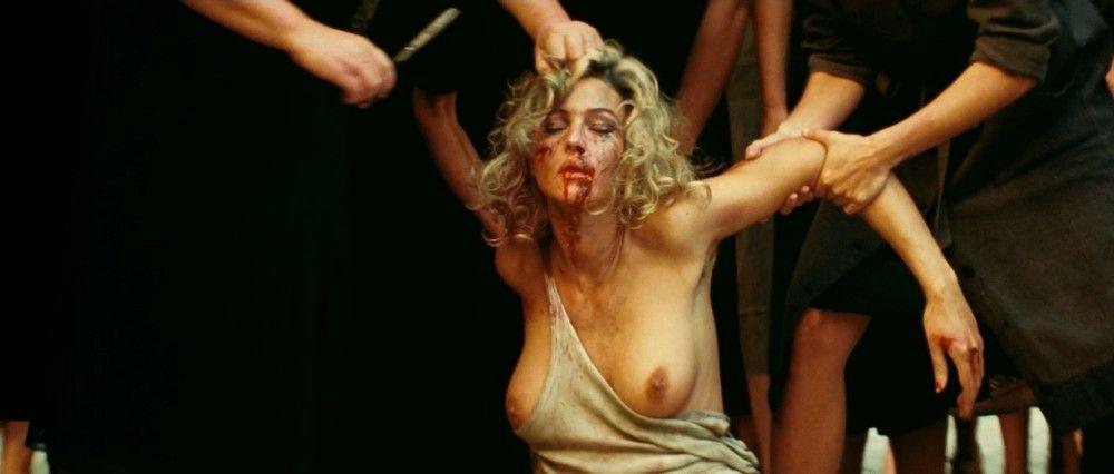monica bellucci nude movie clips № 79457