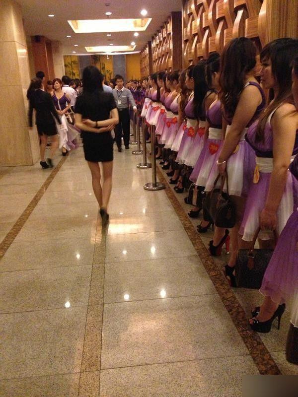 Где проститутки в китае как нойти