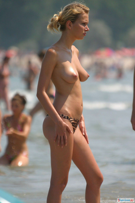 Sexy dutch girl strips
