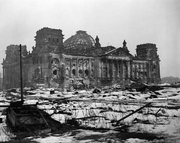 Исторический экскурс: какубирали поля сражений после Второй мировой Интересное