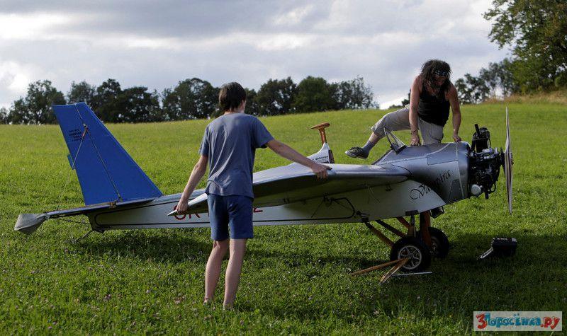 Своими руками легкие самолет